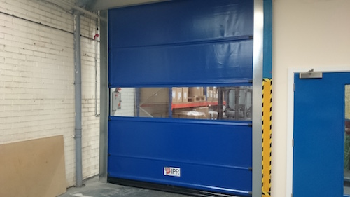 high speed doors preventing heat transfer